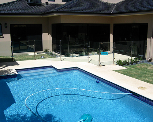 stainless fences for swimming pools in Perth
